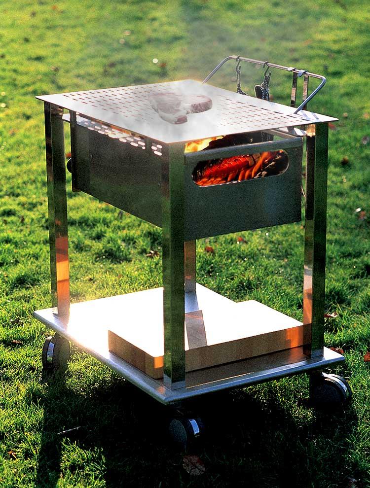 Barbeque graepel in acciaio